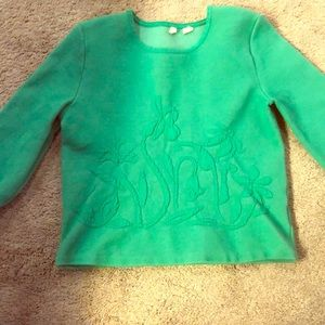 Green sweater with cuff sleeves